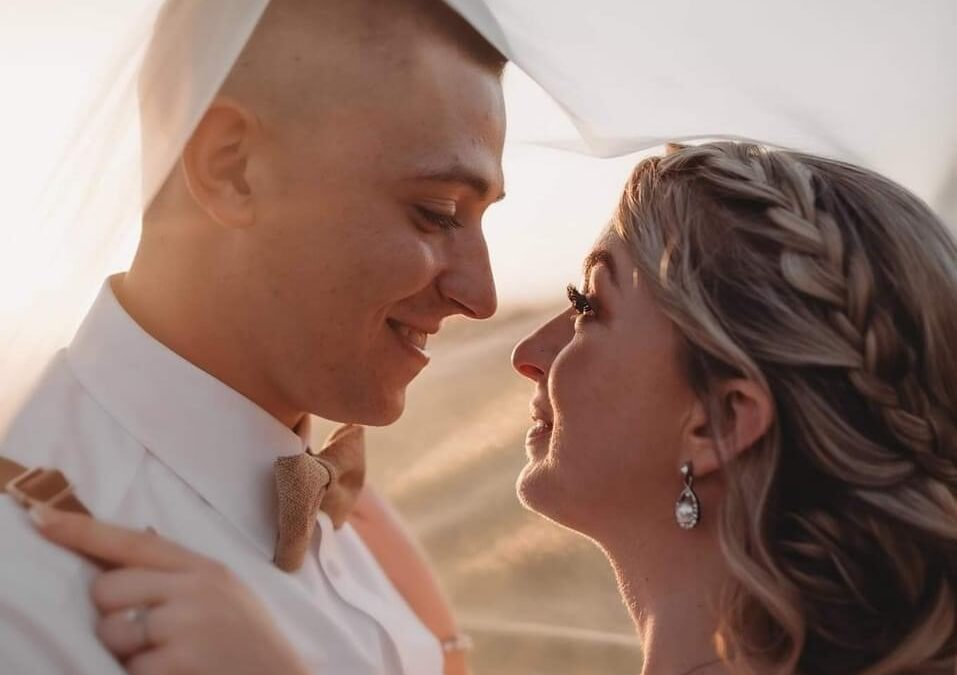 Tylere and Kathryn Mayhew tied the knot!